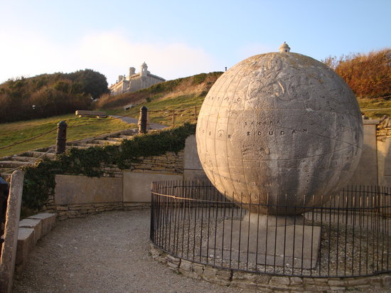 Swanage, UK : Durlston Castle and Globe