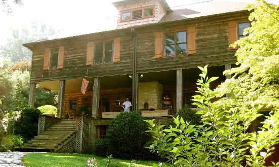Beechwood Inn: the Inn