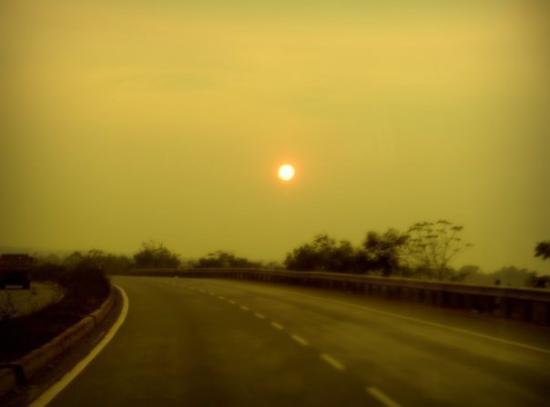 Bhubaneswar, อินเดีย: Sunset drive redux