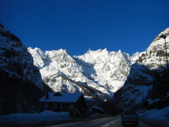 ออสตา, อิตาลี: Mont Blanc