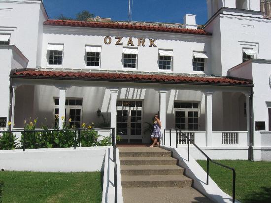 Bathhouse Row: Ozark bathhouse