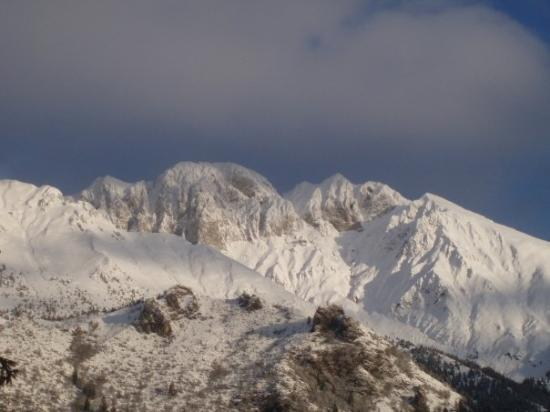 Castione della Presolana, Italien: Dicembre 2008 - Presolana quasi completamente bianca