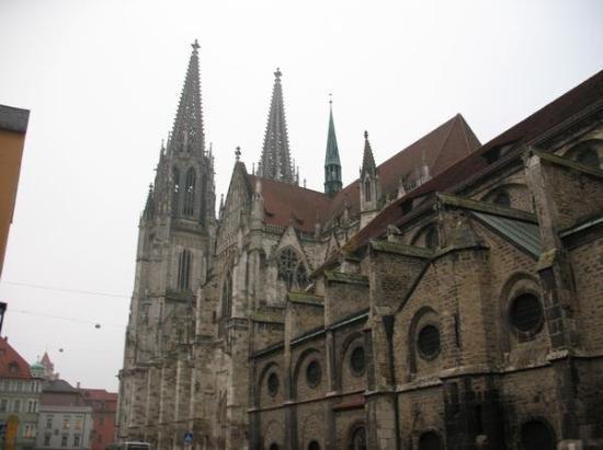 เรเกนสบูร์ก, เยอรมนี: Cathedral in Regensburg