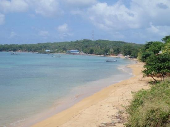 Little Corn Island, นิการากัว: The bay on the west side of Little Corn.