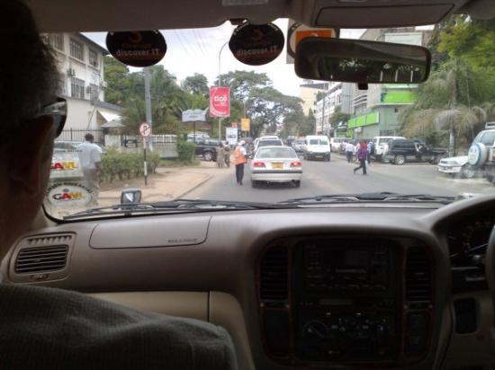 ดาร์ เอส ซาลาม, แทนซาเนีย: Не заплатил за парковку 2. Деньги-деньги давай! ©