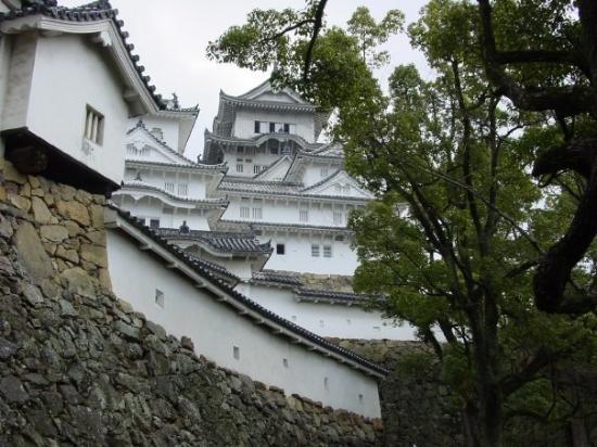 Himeji Castle: Himeji-Jo February 2004