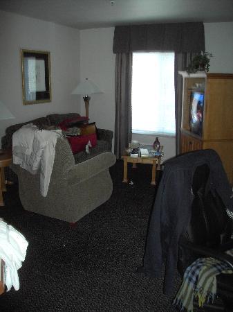 HYATT house White Plains: Living Room
