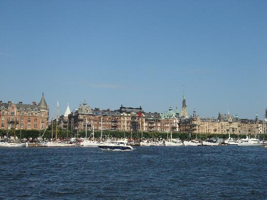 Malardrottningen Yacht Hotel and Restaurant: Downtown Stockholm view from ferry