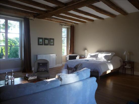 Loire Valley Retreat: family suite
