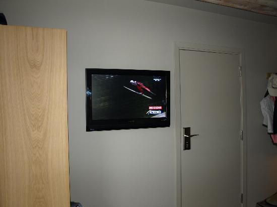 Hotel Brosundet: Flat screen TV