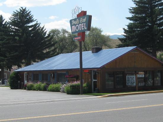 The Trail's End : Trail's End Motel, Dubois, WY