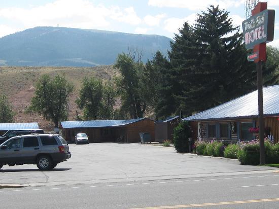 The Trail's End : Trai's End Motel, Dubois, WY