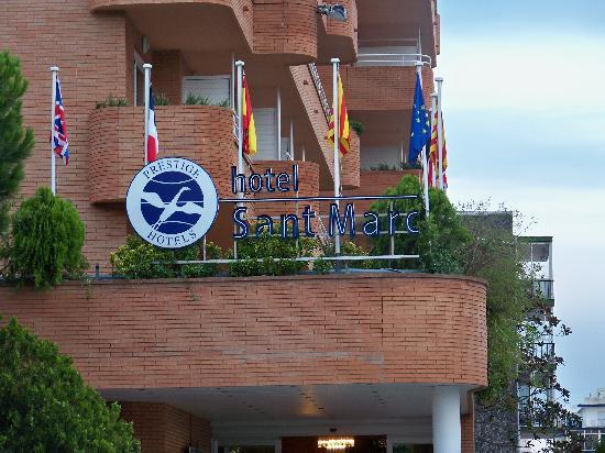 Prestige Sant Marc Hotel : Entrée de l'hôtel