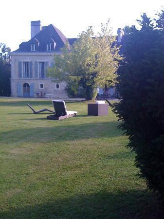 Chateau de Buno: chateau