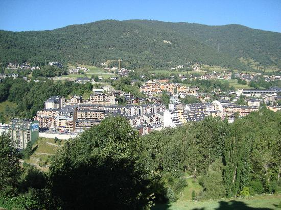 Cal Susanne: View from the balcony over La Massana