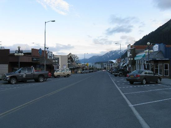 A Swan Nest Inn: Downtown Seward