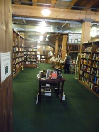 Tattered Cover Bookstore: Super-hyggelig boghandel i Denver - the Tattered Cover Book Store