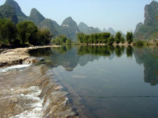 เมืองหยางโสว้, จีน: Yangshuo - yulong riber