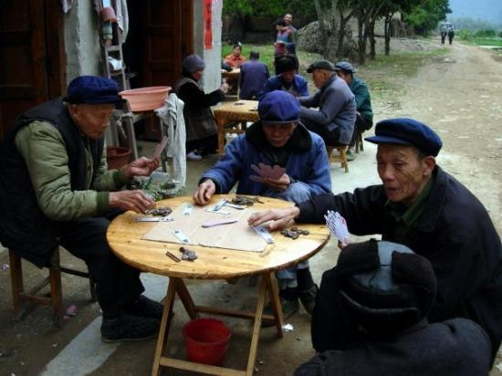 เมืองหยางโสว้, จีน: Yangshuo -  village li riber