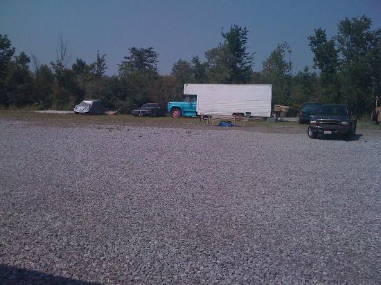 """Thunder Road Drive-In: Drive-In Movie """"Theater"""" at Thunder Road"""