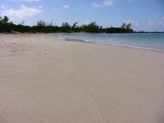 how to get to exuma bahamas