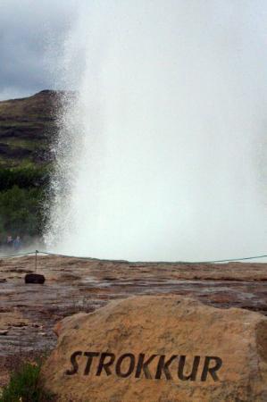 Strokkur: WOW! This blowed my mind!! Geysir valley!! )