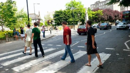 """Abbey Road: what are they doing? If u are a Beatles' fan, you should know it's the Beatles' last album """"Abb"""