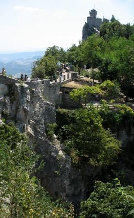 San Marino, San Marino: Passo delle Streghe (pass of the witches)
