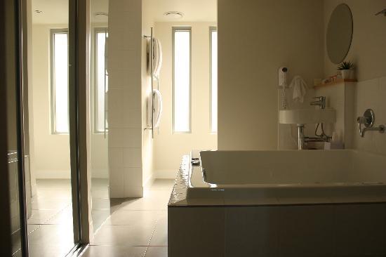 بيبرز إيرلي بيتش: Bathroom
