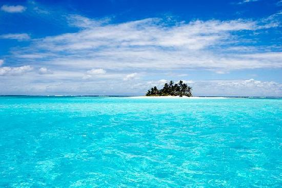 "Cocos (Keeling) Islands: The epitomy of ""castaway"", tiny Prison Island"