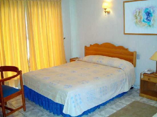 Taha Tai Hotel: 客室内