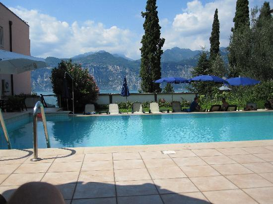 Hotel Antonella: View of pool