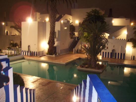 Tagadirt Hotel: Hôtel le soir