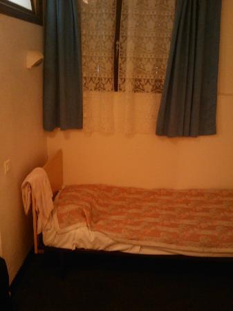 Les Charentes Poitou: Y esta la cama...
