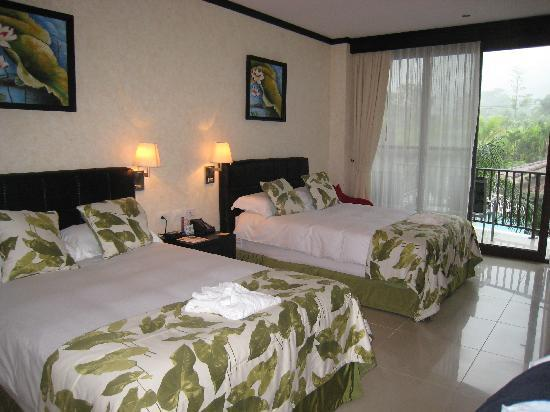 The Royal Corin Thermal Water Spa & Resort: Hotel Room