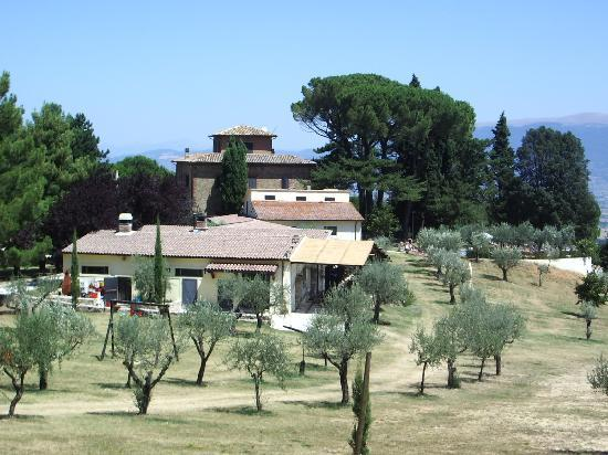 Poggio delle Civitelle Agriturismo: The main accomodation and restaurant area