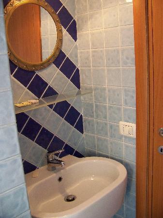 بي آند بي سان لورينزو: Sink area