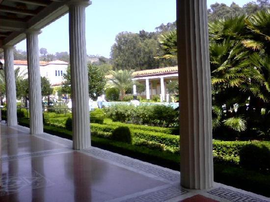 Staybridge Suites Chatsworth: The Getty Villa