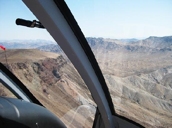 Flying To The Grand Canyon  Picture Of Sundance Helicopters Las Vegas  Tri