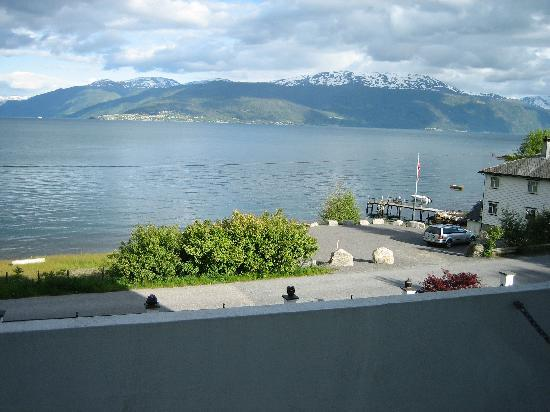 Balestrand Hotel: view from balcony