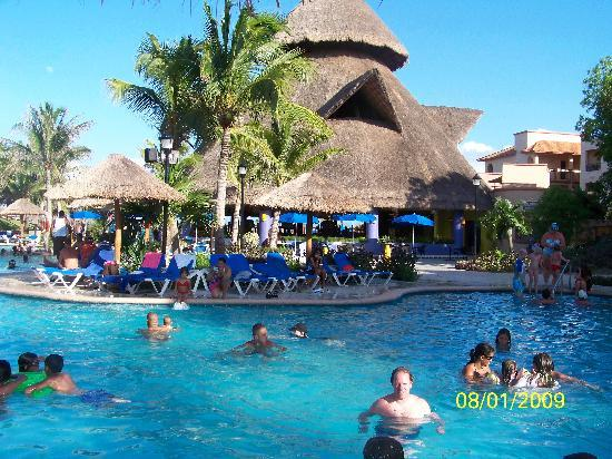 Sandos Playacar Beach Resort Pool By The