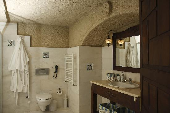 Hotel Cave Deluxe: Bathroom