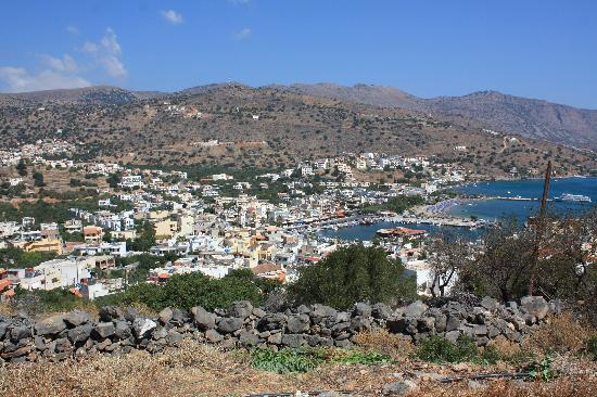 Elounda Heights Apartments and Studios: View of Elounda from Elounda Heights