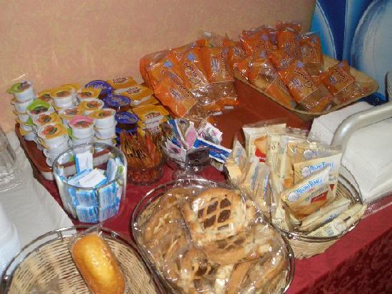 Verona Hotel : breakfast