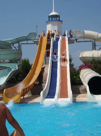 Titanic Beach Lara Hotel: sum of the slides