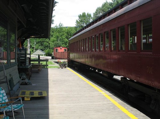 Phoenicia, NY: The railway carriages / gondala