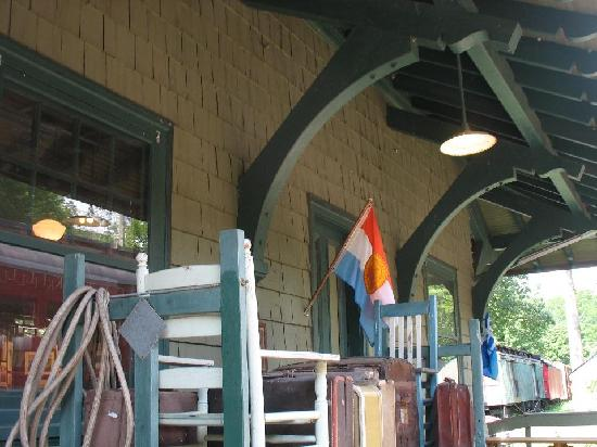 Empire State Railway Museum: The station display