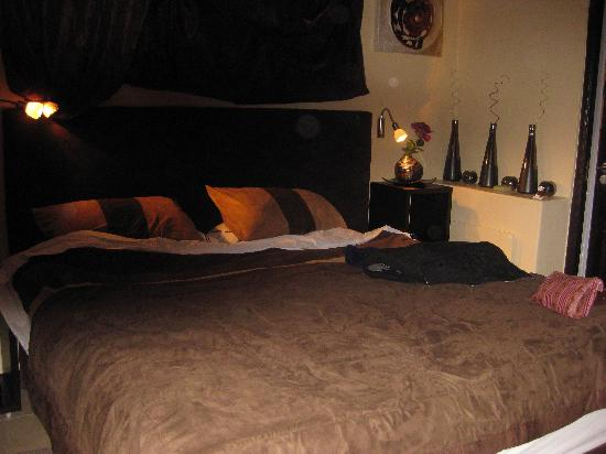 Cape Town Seamore Express Tours and Guesthouse : Master bedroom