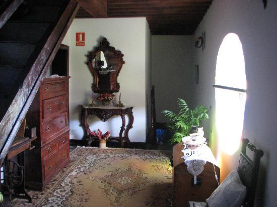 Hotel Rural Senderos de Abona : hallway outside our bedrooms