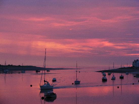Deganwy, UK : Sonnenuntergang am Hotel
